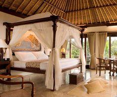 Elegant bedroom in Bali, looks sooo relaxing!!!