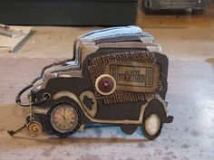 Jalopy die cut mini - using Tim Holtz die - jalopyn  Thsi is really cute..would love to make for fathers day!
