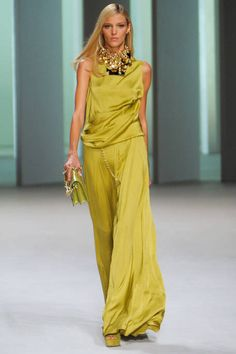 See the entire collection from the Elie Saab Spring 2011 Ready-To-Wear runway show.