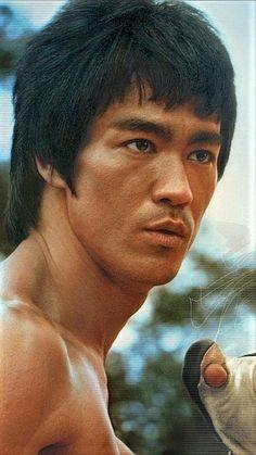 Enter the dragon, Bruce Lee, lost legend Brandon Lee, Bruce Lee Art, Bruce Lee Martial Arts, Bruce Lee Kung Fu, Martial Arts Movies, Martial Artists, Karate, Brice Lee, Bruce Lee Pictures