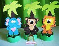 dalva@arte | Elo7 Baby Looney Tunes, Diy And Crafts, Paper Crafts, Safari Party, Sunday School Crafts, Art N Craft, Jungle Theme, Diy Box, Childrens Party