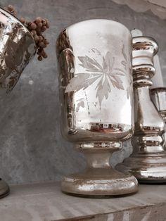 antiker, wunderschöner Kelch, Bauernsilber mit weißer Malerei.  Sehr selten und wunderschön!  Ohne Deko!  Masse: 14 cm hoch/ 7,5 cm Durchmesser