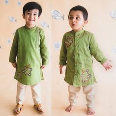 CuriousVillage is Specialize in Kids Kurta Pyjama Nehru Jackets For Boys. Find Exciting Offers On All Kinds of Kids Clothes And Accessories. Latest Kurta Designs, Mens Kurta Designs, Boys Fashion Dress, Kids Fashion Boy, 90s Fashion, Kids Dress Wear, Dresses Kids Girl, Boys Wear, Boys Clothes Style