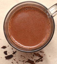 Gezonde chocolademelk maken Healthy Drinks, Healthy Cooking, Healthy Snacks, Healthy Recipes, Happy Foods, Other Recipes, Vegan Desserts, Hot Chocolate, Kids Meals