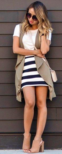 #fall #street #style | Striped Mini Skirt + Fall Transition