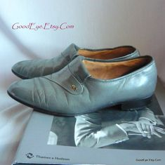 4d87d566318b Vintage Men s Steel GRAY Stacy Adams Shoes   size 7 M Eu 7 UK 6 .5   All  Leather Grey Loafer Dress