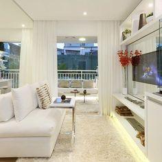 Clean e belo!  Amei! @pontodecor  Projeto @chrissilveiraarquiteta Snap:  hi.homeidea  http://ift.tt/23aANCi #bloghomeidea #olioliteam #arquitetura #ambiente #archdecor #archdesign #cozinha #kitchen #arquiteturadeinteriores #home #homedecor #pontodecor #lovedecor #homedesign #instadecor #interiordesign #designdecor #decordesign #decoracao #decoration #love #instagood #decoracaodeinteriores #lovedecor #lindo #luxo #architecture #archlovers #inspiration
