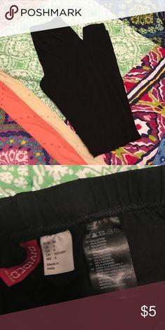 H&M black leggings Standard black leggings, ankle length H&M Pants Leggings