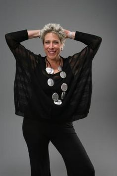 Marla Wynne Ginsburg, fashion designer for women over 50.