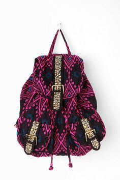 Celebrities who wear, use, or own Ecote Treasure Cluster Backpack. Also discover the movies, TV shows, and events associated with Ecote Treasure Cluster Backpack. Cute Backpacks, Girl Backpacks, Awesome Backpacks, School Backpacks, Mk Handbags, Handbags Michael Kors, Cute Purses, Purses And Bags, Back To School Bags