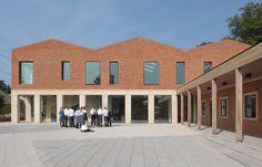 Centro de enseñanza y aprendizaje Fitzjames / Feilden Fowles