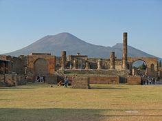 Naples Italy Attractions | naples to amalfi naples to capri naples to herculaneum naples to ...
