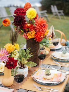 Harvest colorful dahilas then display them with pots of blood-veined sorrel, mini pumpkins and succulents for outdoor entertaining in fall.
