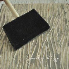 How to make a wood grain stamp using your hot glue gun Glue Gun Crafts, Diy Crafts, Stamp Pad Ink, Gelli Printing, Handmade Tags, Paint Stain, Wood Grain, Grains, Clay