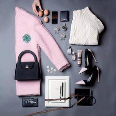New fashion photography pink flat lay ideas Fashion Flats, Look Fashion, Autumn Fashion, Womens Fashion, Flat Lay Fashion, Street Fashion, Fashion Trends, Flat Lay Inspiration, Mode Inspiration