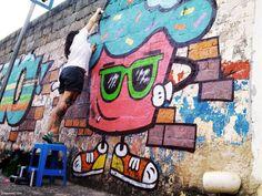 Grafiteira Raquel bolinho de Belo Horizonte em ação