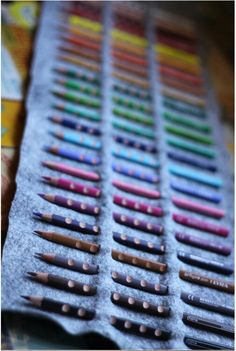 DIY No Sew Colored Pencil Roll By Smallfriendly