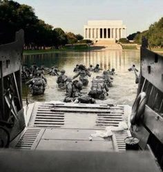 In light of the dishonor the Obama administration showed our WWII vets I thought this pic was quite fitting. Thanks to Diane Sori of https://www.teapartycommunity.com/