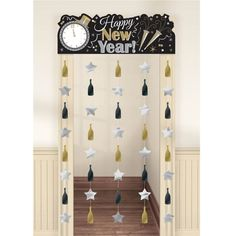 """Take your doorway from drab to glitzy fab with this sparkling New Year's door hanger! Our Black Silver & Gold Happy New Year Doorway Curtain gives a vintage look to your New Years celebration with """"Happy New Year!"""" in silver and gold on a black backgroun Nouvel An Citation, Party Fotos, New Year Diy, New Years Eve Weddings, Nye Party, Happy Year, Happy New Year Deko, New Years Decorations, New Year Celebration"""