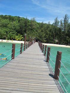 Manukan Island, Kota Kinabalu been there! Best Island Vacation, Fiji Travel, Machu Picchu Tours, Kota Kinabalu, Amazing Race, Borneo, Bora Bora, Travel Destinations, Beautiful Places