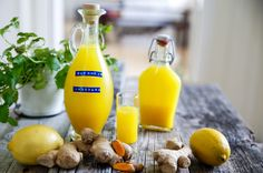 Gurkmeja + Ingefära = FRISK! Gör ett enkelt shot som håller doktorn borta! Healthy Candy, Healthy Drinks, Healthy Snacks, Juice Smoothie, Smoothie Recipes, Smoothies, Raw Food Recipes, Healthy Recipes, Healthy Baking