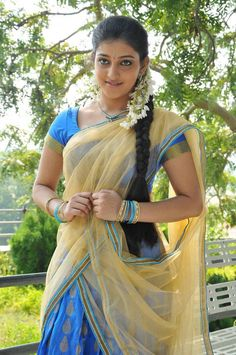Indian beautiful teenage girls and actress thunder thighs sexy legs images and sexy boobs picture and sexy cleavage images and spicy navel i. Beautiful Girl Indian, Most Beautiful Indian Actress, Beautiful Girl Image, Beautiful Saree, Beautiful Ladies, Beauty Full Girl, Cute Beauty, Beauty Women, South Indian Sarees