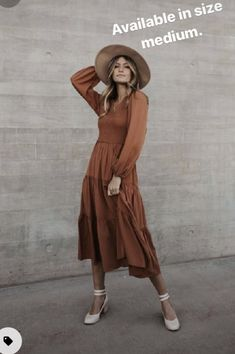Teacher Style, Plus Size Swimsuits, Fall Looks, Green And Grey, Smocking, Winter Outfits, Bodice, Wrap Dress, Stylists