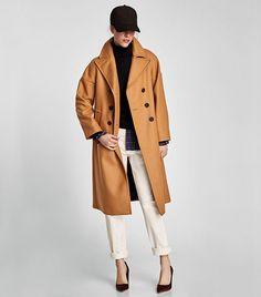 Abrigo beige oversize