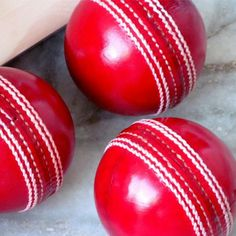 Real Leather Cricket Balls Available in : to o z according to ICC rules Guaranty: 50 overs Customize logo: yes MOQ: 60 Balls Ab De Villiers Ipl, Cricket Outfits, Cricket Coaching, Cricket Equipment, Best Photo Background, Cricket Bat, Wooden Posts, Art Logo, Real Leather