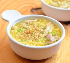 chicken mami is a popular Filipino noodle dish made with fresh egg noodles and flavorful broth and topped with fried garlic bits and green onions
