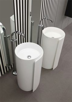 How cool...Free standing ceramic washbasin MONOROLL by Ceramica FLAMINIA | Design Nendo #bathroom