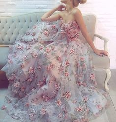 Floral emboidered gown by @teutamatoshiduriqi