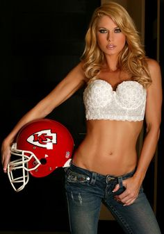 Kansas City Chiefs VS Bengals Lowers Section 121 Row 9 Line. Kansas City Chiefs Cheerleaders, Hot Cheerleaders, Jennifer England, Football Girls, Football Team, Nfl Season, Gym Girls, Sport Girl, Partner
