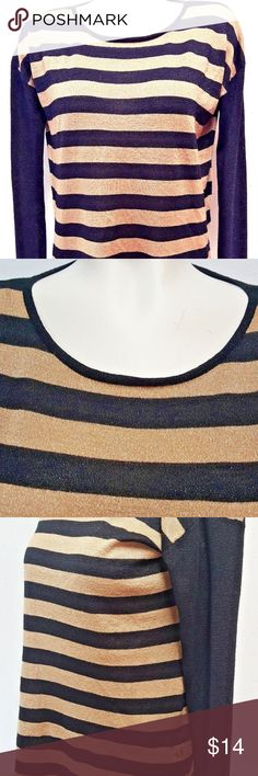 """Dana Buchman S Gold Black Sparkle Striped Sweater This top has a nice shimmery shine to it that the photos just could not do justice to.  You'll look lovely in this!  Excellent used condition.  No rips, tears, stains or holes.   Brand Name: Dana Buchman Color: Black and Gold, Sparkly Size: S Small  Measurements Bust: 22 1/2"""" Shoulders: 22"""" Sleeves: 22"""" Length: 26 1/4"""" Opening: 23 1/2""""  Materials 68% Rayon, 20% Polyester, 12% Metallic Dana Buchman Sweaters Crew & Scoop Necks"""