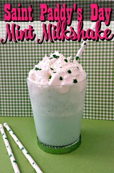This mint milkshake recipe is perfect for Saint Patrick's Day or just because! If you love the Shamrock Shake, you'll ADORE this version! Mint Milkshake Recipe, Milkshake Recipes, Smoothie Recipes, Milkshakes, Smoothies, Holiday Snacks, Holiday Recipes, Holiday Ideas, Yummy Drinks