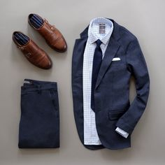 Sunday's Best from @runnineverlong Includes blazer, double Monk Shoes, knit tie, dress shirt and pants #flatlay #menswear #mensfashion #mensstyle #dapper