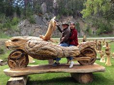 Interesting #motorcycle chainsaw art by Dahls in the Black Hills of South Dakota.