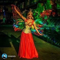 These giant Delia butterfly #fairywings in pinks and golds were shown off in NOLA by @trixienola ! #fancyfairy #costumes #fairy repost via @instarepost20 from @trixienola My #WCW is a crew of fiercely talented ladies who transformed me into a...