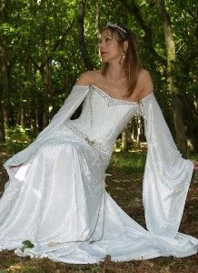 Scottish Wedding Customs | Mythical Tune: Irish Wedding Traditions | Green Wedding Shoes