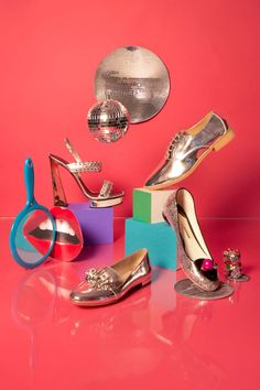 Who else is loving those gleaming silver oxfords?!?  :5 Accessory Trends That POP! #Refinery29