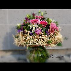 Bukiety okolicznościowe - PLANETA KWIATÓW - Kwiaciarnia Gniezno