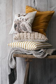 Natural fibers and neutral colors add a countryside feel to sophisticated surroundings. | H&M Home