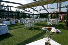 Εσωτερικός χώρος δεξίωσης γάμου, με υπέροση διακόσμηση. Κτημα Δικαιούλια