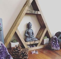 Altar shelf THE ORIGINAL DESIGNER chakra triangle shelf display shelf crystal shelf gems crystals wooden pyramid amythist geode gemstone Meditation Corner, Meditation Rooms, Yoga Rooms, Zen Meditation, Meditations Altar, Yoga Room Decor, Zen Bedroom Decor, Zen Home Decor, Crystal Shelves