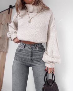 Women fashion Classy Chic Clothing - - Women fashion For Work Over 50 - Women fashion Chic Statement Necklaces - Women fashion For Work Color Combos Summer Dress Outfits, Casual Winter Outfits, Winter Fashion Outfits, Fall Outfits, Autumn Fashion, 70s Fashion, Hipster Fashion, Modest Fashion, Classy Fashion