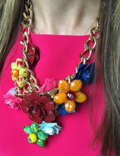 We can't get enough of this eye-catching beautiful bloom flower necklace. Trendy Jewelry, Jewelry Trends, Bright Spring, Big Bows, Flower Necklace, Talbots, Flower Power, Spring Fashion, Jewelry Design