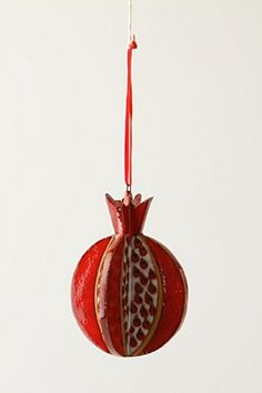 pomegranate ornament Pomegranate Art, Pomegranate Recipes, Pomegranate Necklace, Xmas Party, Birthday Parties, Yom Teruah, Jewish Crafts, Crafts For Kids, Diy Crafts