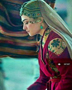 Diriliş Ertuğrul Halime Sultan