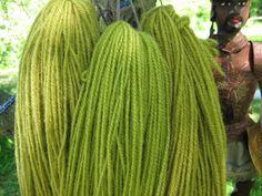 Pyhä Lyyti: Vihreän timantin metsästys. Hunting green. Diy And Crafts, Hunting, Dreadlocks, Colours, Hair Styles, Beauty, Dyeing Yarn, Natural Colors, Leaves