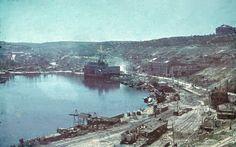 1942 Ukraine Sébastopol . Ruines of the port